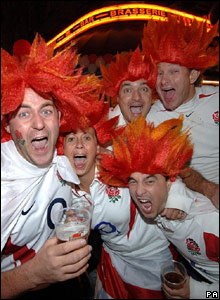England fans in orange wigs