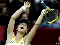 Елена Дементьева празднует победу в 'Кубке Кремля'