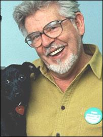 Rolf Harris with dog on Animal Hospital