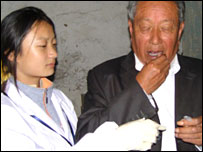 Man gives genetic sample