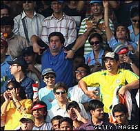 Indian crowd allegedly making racist gestures in October 2007