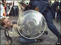 Riots in Bern on 6 October 2007