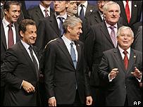 Nicolás Sarkozy, José Sócrates y Lech Kaczynki.