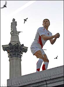 A waxwork figure of Jonny Wilkinson stands upon the empty plinth in Trafalgar Square