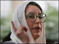 Benazir Bhutto speaks after the Karachi blasts
