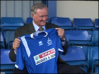 Ron Atkinson unveiled at Halesowen Town
