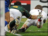 England winger Mark Cueto just puts a foot in touch as he dives over in the second half