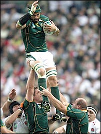 Victor Matfield soars to take a line-out for South Africa