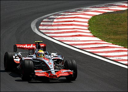 Lewis Hamilton racing at Interlagos