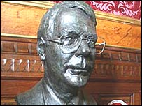 Bust of Sir John Major