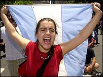 Foto de archivo / Protestas contra el gobierno en diciembre de 2001