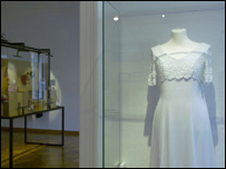 Wedding dress (photo courtesy of Zvonimir Dobrovic)