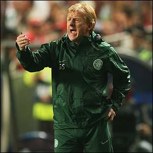 Celtic boss Gordon Strachan encourages his side