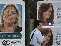 Afiches electorales en Argentina.