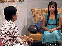 Hoang Thuy Linh on Vietnam TV. Thuy Linh (R) was popular with children and ...