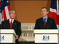 George Bush and Tony Blair at a press conference in November 2003