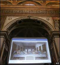 Last Supper on a giant screen in the church of Santa Maria delle Grazie, Milan, 2710