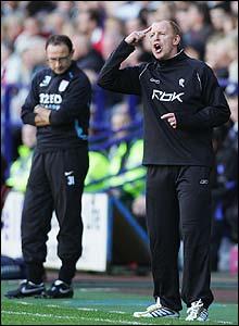 Bolton boss Gary Megson boss instructs his new team