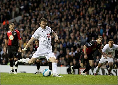 Robbie Keane gives Spurs the lead from the penalty spot