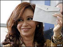 Cristina Fernandez de Kirchner with her voting paper in Rio Gallegos