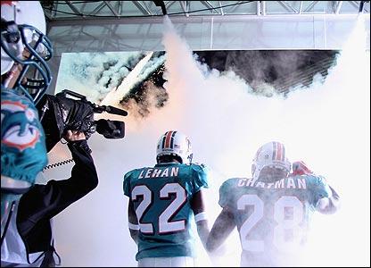 Dolphins cornerback Michael Lehan and running back Jesse Chatman