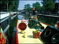 Narrowboats on a canal (Image: BBC)