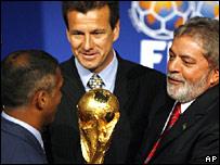 Former Brazil star Romario, Brazil coach Dunga, and Brazilian President Luiz Inacio Lula da Silva in Zurich
