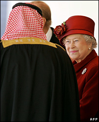 King Abdullah meets Queen Elizabeth II in London