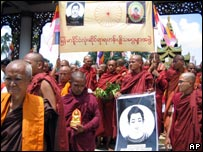 Monks protest in Rangoon, 25 September