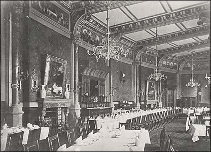 A vintage photograph of the former hotel dining room