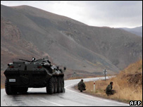 Turkish soldiers block a road near the town of Yuksekova, 31 October 2007