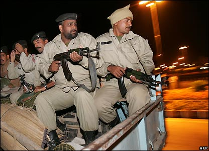 Soldiers in Islamabad - 3/11/2007