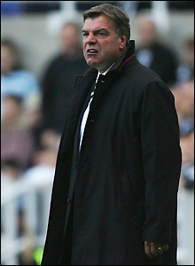 Allardyce watches a poor performance by his side
