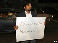 Lone protester in Lahore