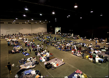 Flood evacuees spend the night in a shelter in Villahermosa on 3 November