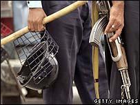 Pakistani policeman with helmet and weapon (4 November 2007)