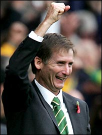 Glenn Roeder celebrates his first point as Norwich manager