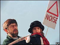 Anti-noise placards