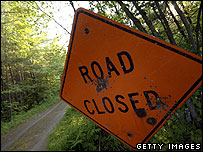 Road closed sign (Getty Images)