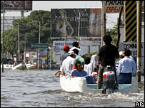 A flooded street in capital of Tabasco state, Villahermosa, in Mexico, on 6 November 2007