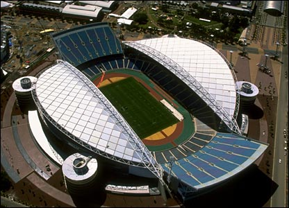 Stadium Australia was able to hold 114,714 spectators for the closing ceremony in 2000