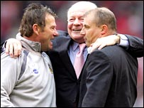 Chris Hutchings, Dave Whelan and Paul Jewell
