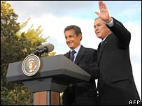George W Bush (R) and Nicolas Sarkozy at Mount Vernon