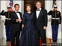French President Sarkozy (l) with US First Lady Laura Bush and President George W Bush (r)