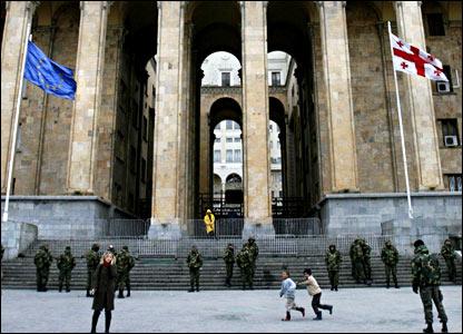 Здание парламента в Тбилиси
