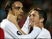 Spurs goalscorers Dimitar Berbatov (left) and Robbie Keane
