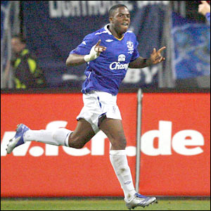 Victor Anichebe celebrates after scoring Everton's second