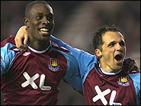 Carlton Cole and Matthew Etherington celebrate the second goal