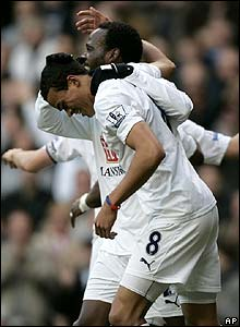 Jermaine Jenas celebrates his goal for Spurs