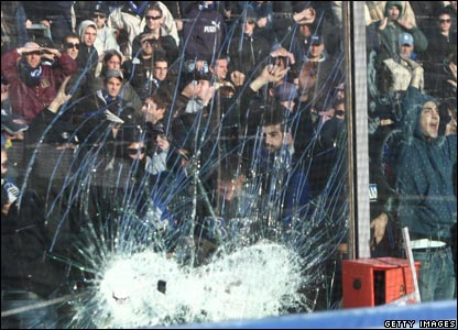 Fans riot at the Serie A match between Atalanta and AC Milan in Bergamo, 11/11/07